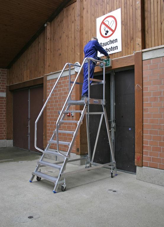 Односторонняя передвижная лестница с платформой Krause Stabilo