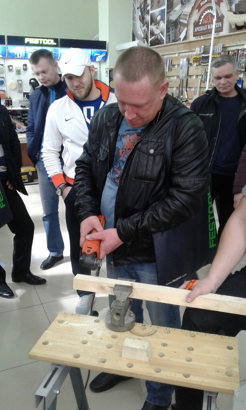 Российское представительство FEIN организовало конкурс для всех посетителей с супер-призом мультимастером FEIN SuperCut FSC