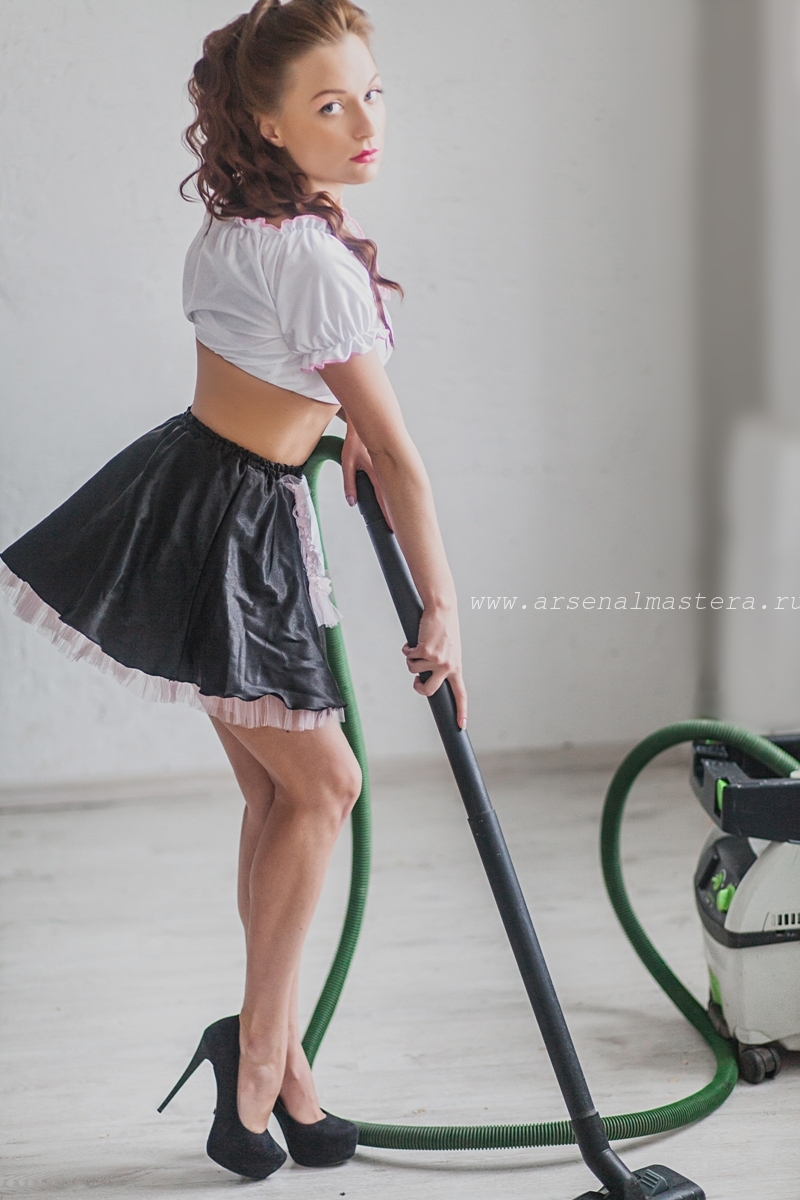 Девушки и инструмент Арсенал Мастера