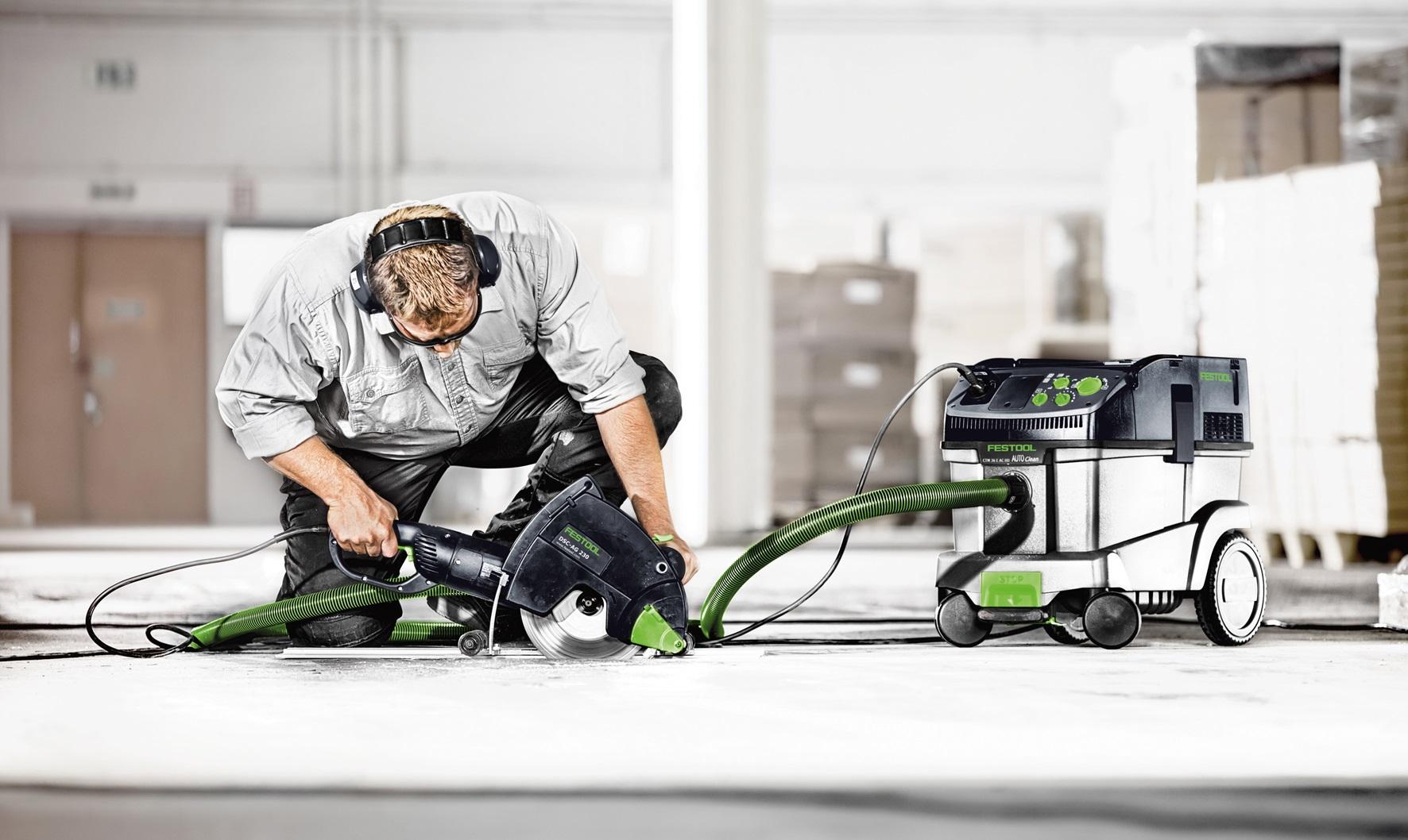 максимальная мощность профессионального пылесоса