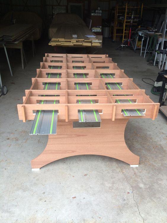 Легкое разборное деревянное или фанерное подверстачье