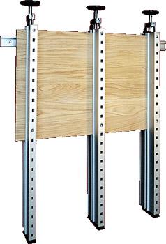 Пресса Plano используется для склейки деревянных щитов без ограничения по длине