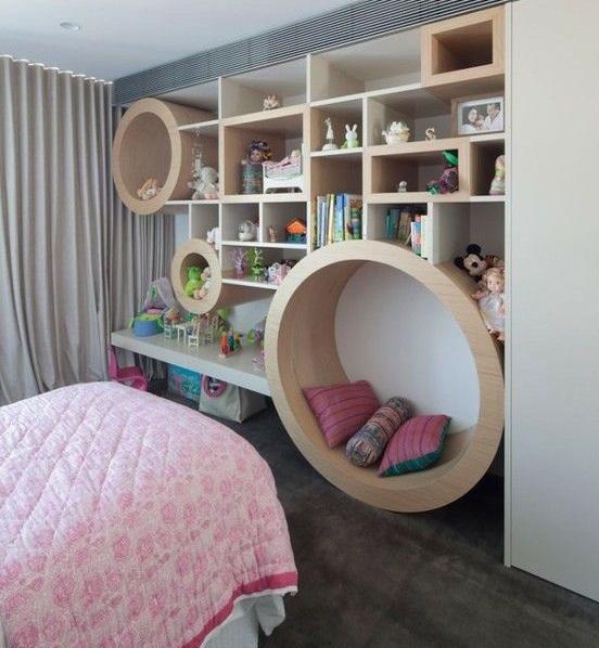Спроси любого ребенка, и он скажет, что двухъяросная кровать - это здорово