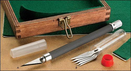 Нож резчицкий Techni Edge co сменым лезвием 86k03.40