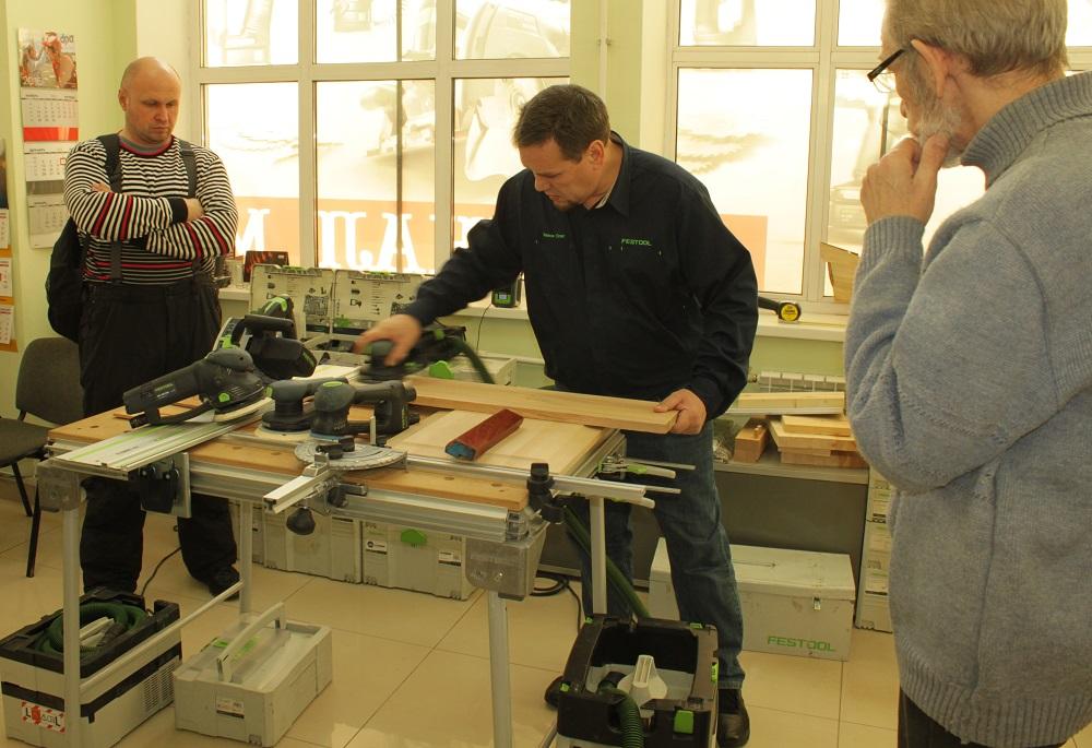 в Нижнем Новгороде для профессионалов, мастеров и любителей хорошего инструмента прошел Праздник Немецкого Инструмента festool демо тест мероприятие
