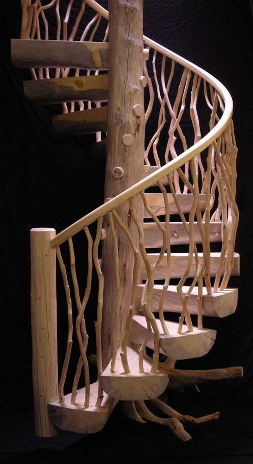 Консольное крепление ступеней на винтовых лестницах: на тетиве или центральной опоре