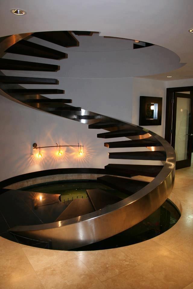 Лестницы с металлической основой