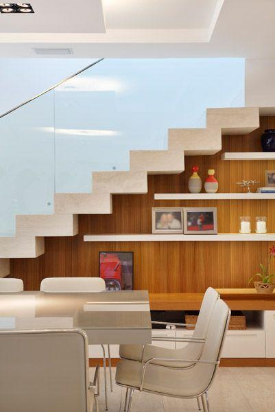 2. Кабинет c лестницей