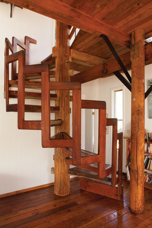 лекальная лестница винтовая