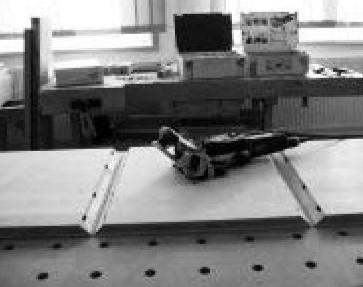 После того, как все работы по фрезерованию пазов DOMINO будут  завершены, соедините и склейте части столика