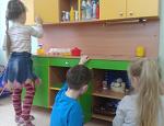 Встроенный шкаф с дверью купе и Детская игровая мебель своими руками