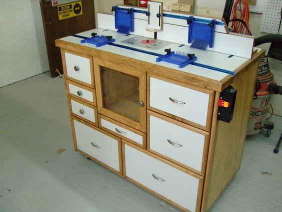Самодельные фрезерные столы могут быть изготовлены с применением стандартных элементов от серийных столов: фрезерной пластины, профилей и шин, столешниц, упоров