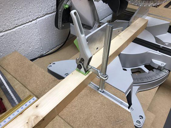 Самодельные расширители стола с прижимами - одно из главных направлений по доработке и дооснащению пилы Капекс