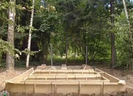 Новый фундамент под баню будет свайно-ленточный