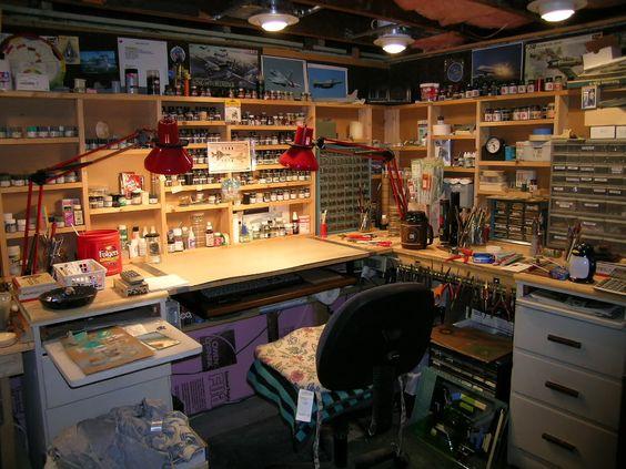 С накоплением инструмента, Мастерская обрастает разнообразными инструментальными шкафами