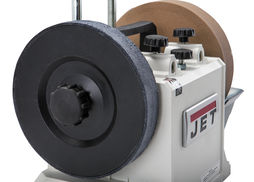 Jet Швейцария  Широкий ассортимент станков для работы с деревом и металлом. Большинство моделей адресовано профессионалам и предназначено для эксплуатации в условиях небольших мастерских и промышленных предприятий. Но есть и отдельная серия начального уровня для хобби.