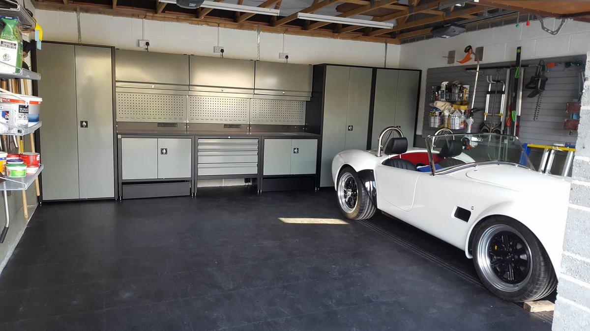 мастерская в гараже мечта 2019 брендированная под авто фирменная