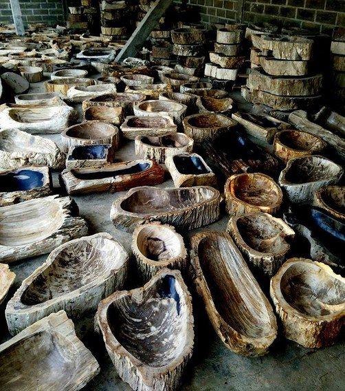 Деревянные раковины из окаменевшего тика ручной работы в Индонезии
