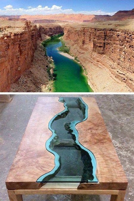 Натуральное дерево удивительно похоже на горы Аризонской достопримечательности, а стекло или смола точно передают рельеф горной реки