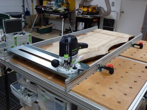 Для работы с широкими плоскими поверхностями без дополнительного оснащения не обойтись