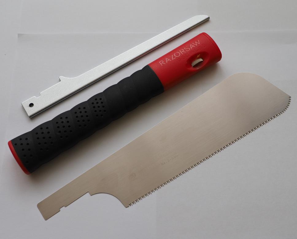 С помощью Японской пилы Dozuki Super Hard Compact 180 Power Grip  (шаг зуба 1,5 мм) 712795  был изготовлен Сервировочный столик и подставка под горячее