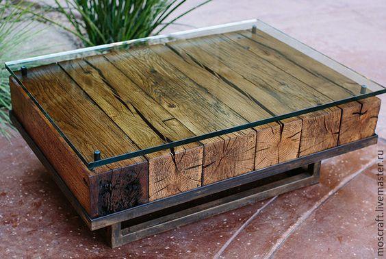 Столешницы из кусков дерева сделана вручную