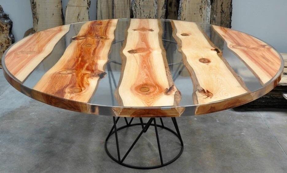 Примеры наполнения столов слэбов с эпоксидной смолой