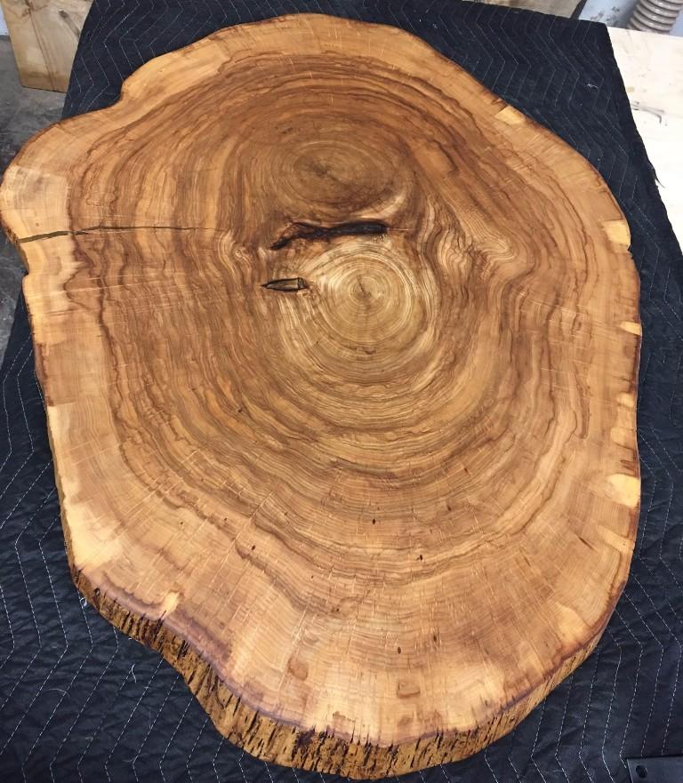 азмещается все по деревообработке: склад, сушильная камера, производство и выставочный зал