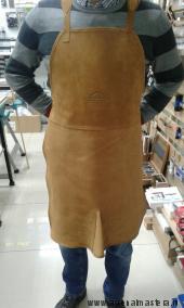 Фартук столяра из натуральной замшевой кожи желто-коричневого цвета с внутренним карманом и передним шлицем. Новинка 2016 года!