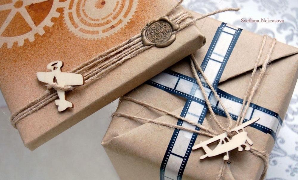 Бумага крафт отличная замена дорогой упаковочной для подарка мужчине на 23 февраля
