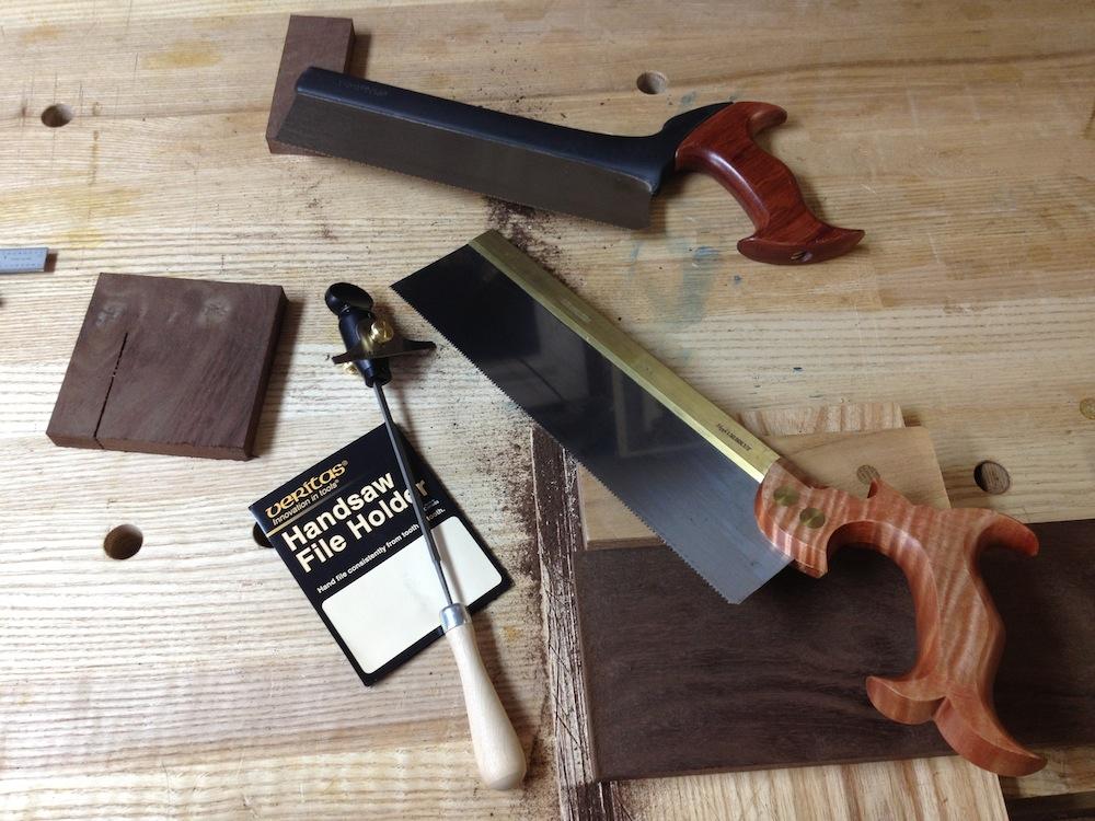 рассмотрим с Вами обычные пилы - по сути - классические ножовки