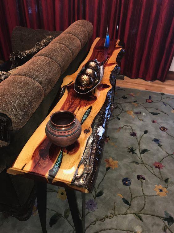 Столешницы слэб  из кусков дерева сделана вручную