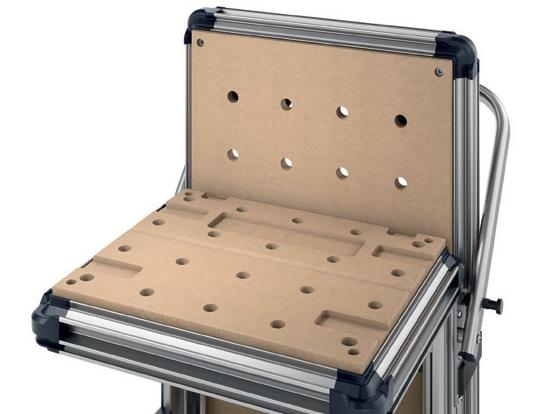Разнообразные способы крепления заготовок на устойчивой рабочей поверхности из перфорированной плиты и алюминиевых профилях с применением струбцин и торцевых зажимов