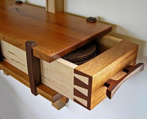 Фото готовых деревянных изделий 2020 с красивыми соединениями