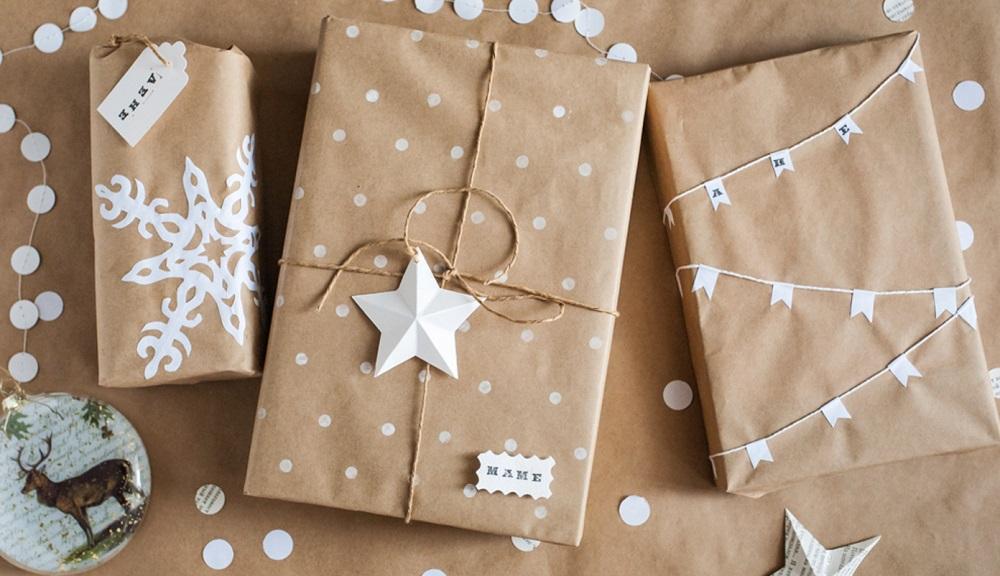 Бумага крафт отличная замена дорогой упаковочной для подарка мужчине