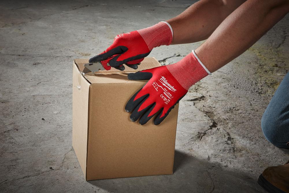 Перчатки Milwaukee с защитой от порезов уровень 1